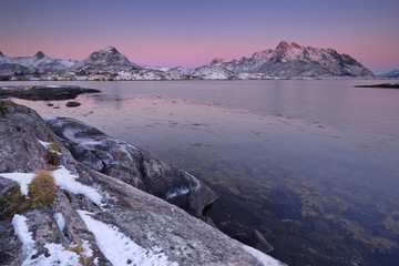 Wall Mural - Mountains and ocean on the Lofoten in Norway at sunset