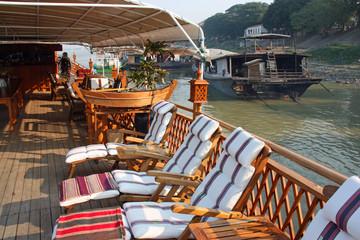 Navigation sur le fleuve Irrawaddy en Birmanie