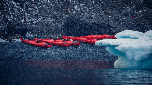 Kajak in der Antarktis