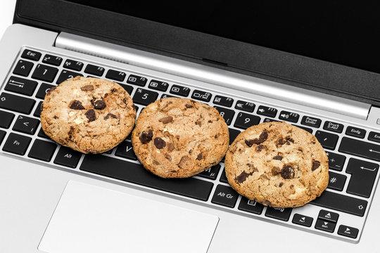 Cookies auf Computertastatur