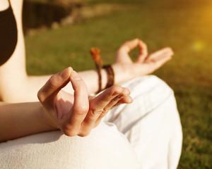 Bilder und Videos suchen: yogini