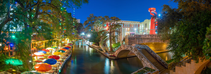 Acrylic Prints United States River Walk in San Antonio, Texas