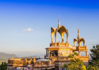 buddha image hall
