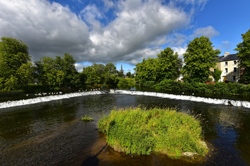 Irland - Wehr am Fluss Suir in Cahir