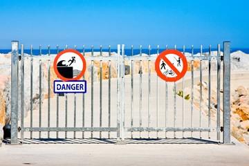 Danger sign on fence, Argel-sur-mer, France