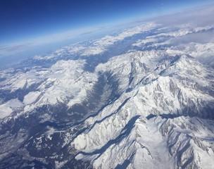 Vista aerea della Alpi innevate, Italia