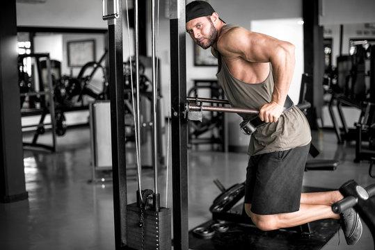 Dips in fitness center.