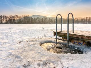 Eisloch zum abkühlen oder baden