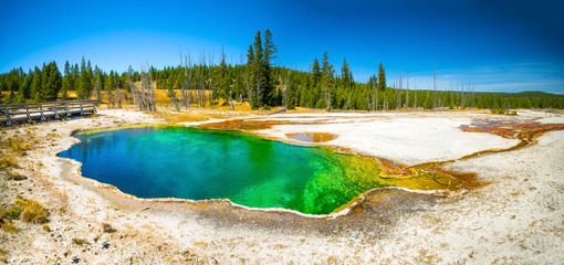 Yellowstone National Park, Wyoming.  Prismatic spring.  Abyss Pool at West Thumb.