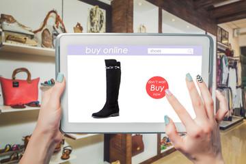 Online sales of women's boots
