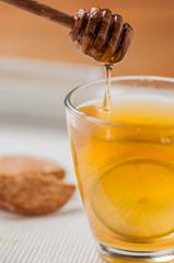 tea with honey and lemon