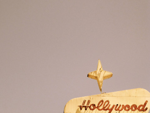 Hollywood motel sign