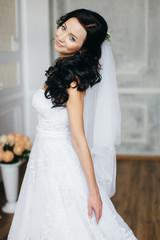 Portrait of the bride in the Studio.
