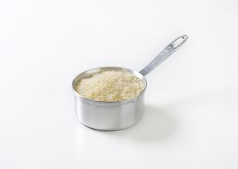 saucepan of uncooked rice