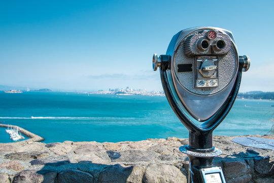 Binocular viewer of San Fransisco Bay