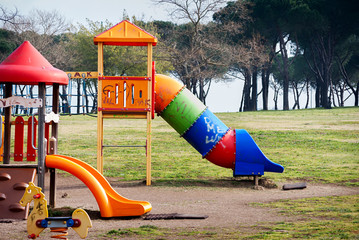Scivolo nel parco