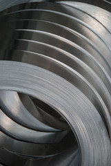 Aluminum sheet metal coils narrowed to size