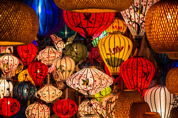 Bunte Laternen in Hoi An