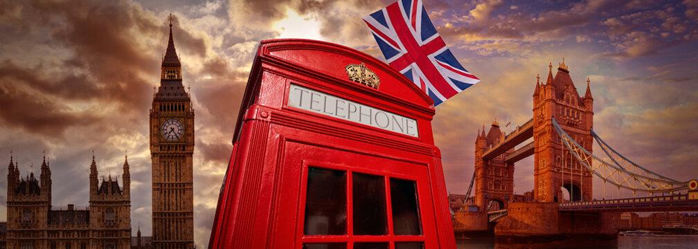 London photomount with telephone box