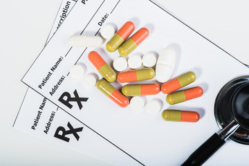 Prescription drugs overvoltage by a doctor.