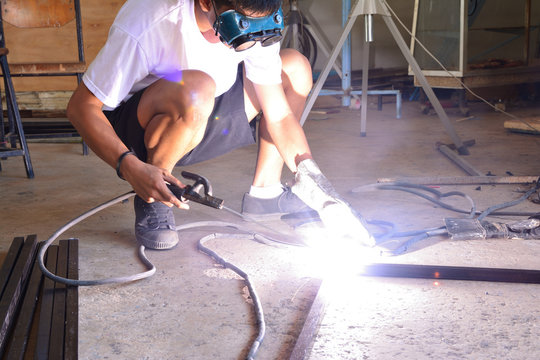Students are trained welding, Light from welding