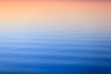 Ripples of Transient Color