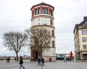 Düsseldorf Tower, Schossturm