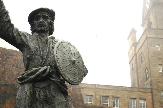 Statue of Rob Roy MacGregor, Stirling