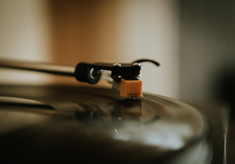 Turntable Spinning