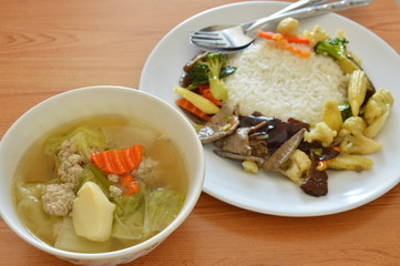 stir fried mixed vegetable with pork liver and egg tofu soup