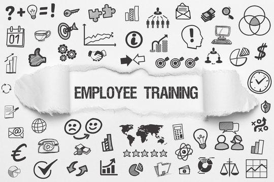 Employee Training / weißes Papier mit Symbole