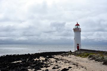 Port Fairy Lighthouse, Griffiths Island, Great Ocean Road, Victoria, Australia.