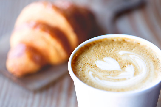 heart shaped latte art
