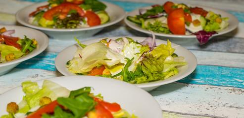Salatbeilage im Restaurant