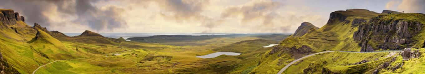 Foto auf Gartenposter Beige Panorama of the Quiraing mountain range