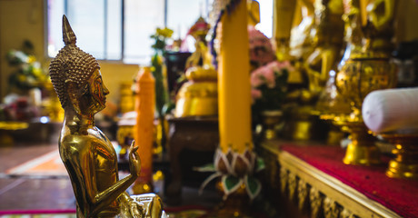 The golden Buddha statue