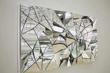 Mirror with crystals