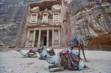 El Tesoro, Al-Khazneh, en la ciudad antigua de Petra, Jordania