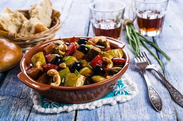Steamed vegetables with olives
