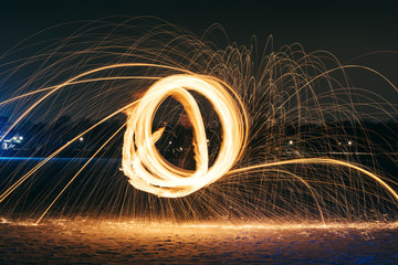 Long exposure photography with the fire ball