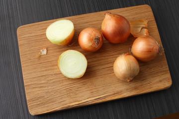 bulbs on a blackboard/ Onions on a cutting board oak