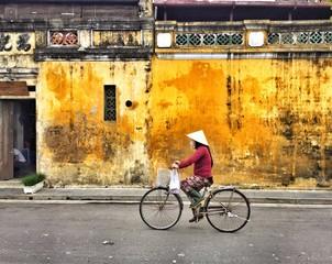 vietnam hoi an streetscene
