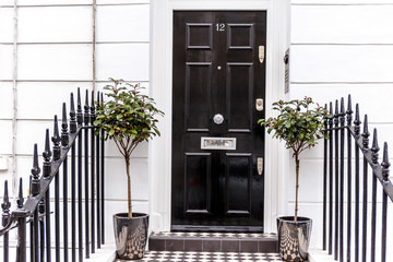 Door entrance in rich area of Chiswick