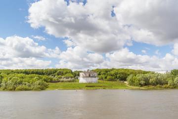 Водозабор на берегу реки Ока