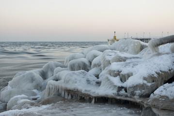 Zima na plaży w Orłowie