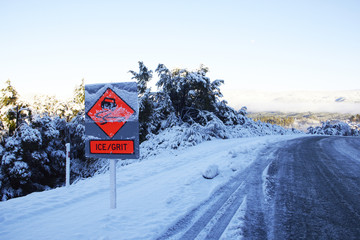 Ice/Grit Road Sign in New Zealand