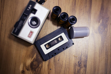Film roll cassette and camera