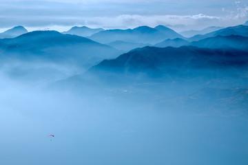 Вид с высоты на озеро Гарда