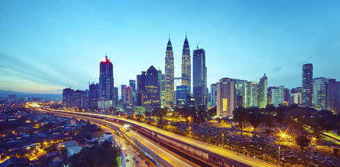 Fotobehang Las Vegas Kuala Lumpur city skyline at twilight, Malaysia .