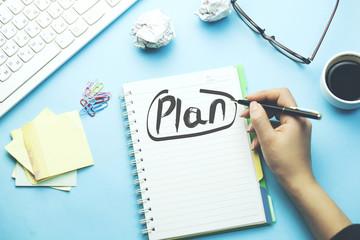 woman written plan on notepad Fototapete